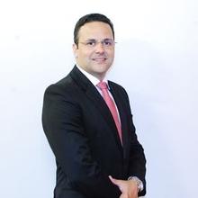 André Santa Cruz