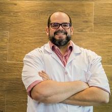 Dr. Rodrigo Alberto Dispato Mendes Martins