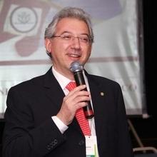 Dr. Rinaldo Ferreira
