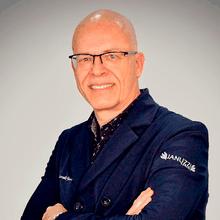 Dr. Marcelo Januzzi