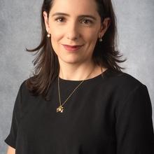 Dra. Lívia Salomé de Oliveira