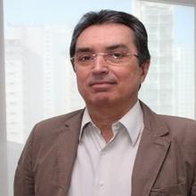 DR. CARLOS ROBERTO RIBEIRO DE CARVALHO